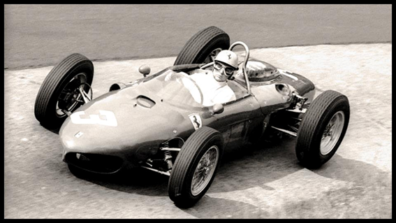 "Phil Hill con su Ferrari 156 ""shark nose"""