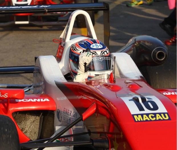 Mortara wins 2009