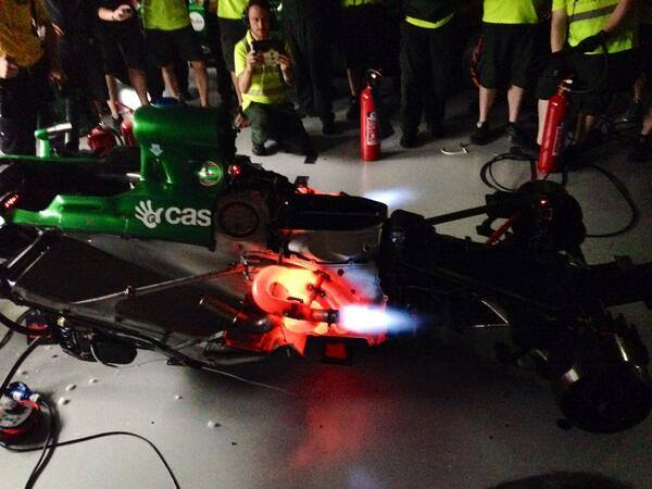 Así despidió Caterham a sus motores V8 foto: @mycaterhamf1