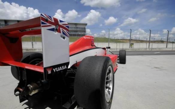 Jann Mardenborough del playstation a quedar tercero en Las 24 horas de Le Mans