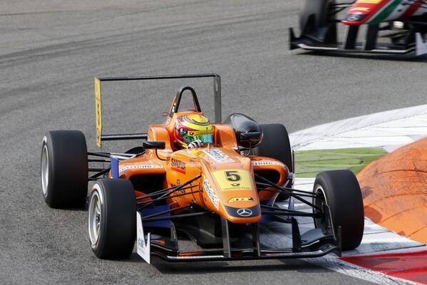 Wehrlein no solamente superó a Rosenqvist, sino que estuvo peleando el campeonato.