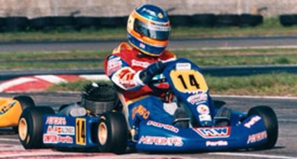 """Fernando Alonso y su karting número """"14"""""""