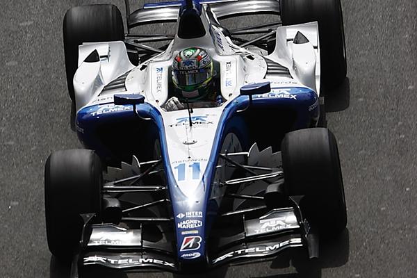 """Checo Pérez con el """"11"""" en GP2"""