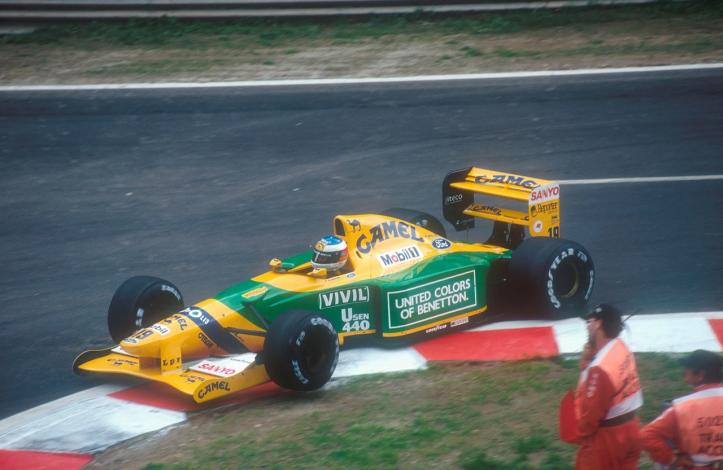 """El primer triunfo de Schumacher fue con el """"19"""""""