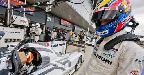 Mark-Webber-Porsche_3131257