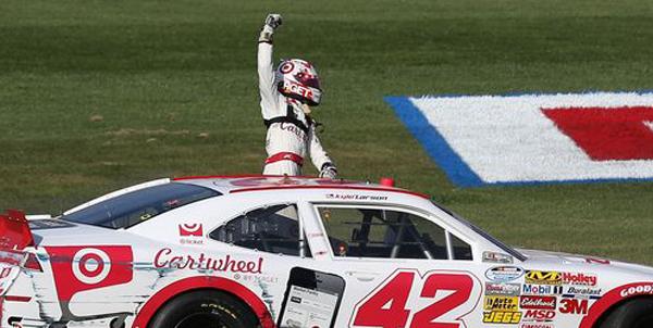 Kyle Larson winner motoraldia