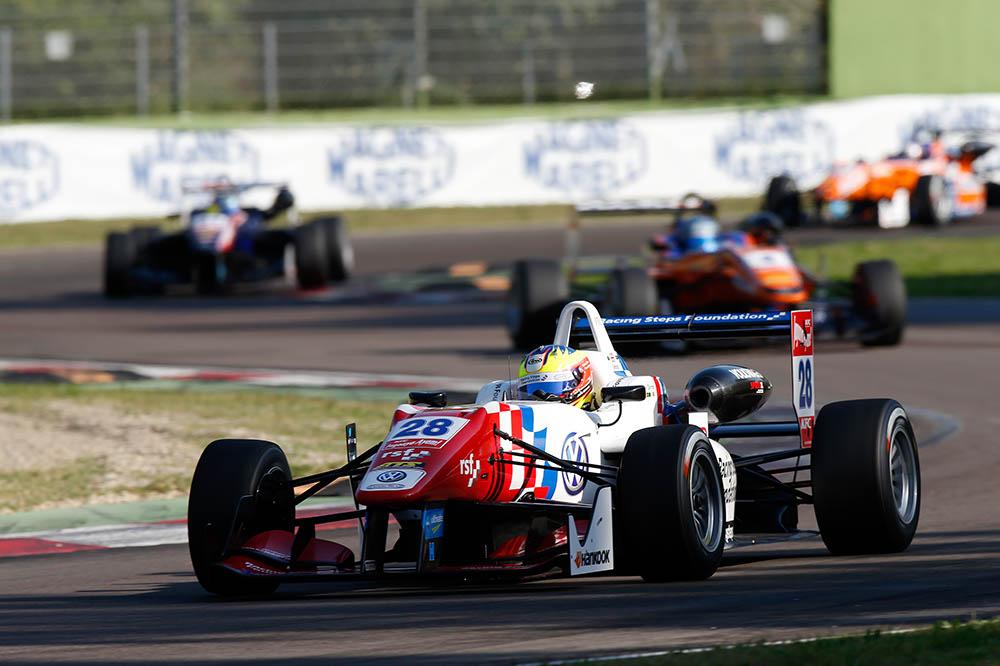 Jake Dennis, en base a experiencia y un gran equipo, se erige como principal candidato. (c) FIA