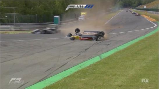 FIA F3 2015 CARNAGE SPA