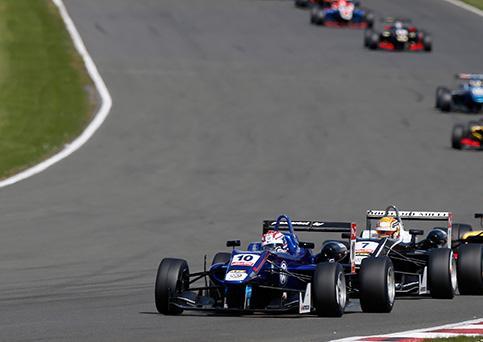 Russell y Leclerc son dos grandes talentos en formación en la F3