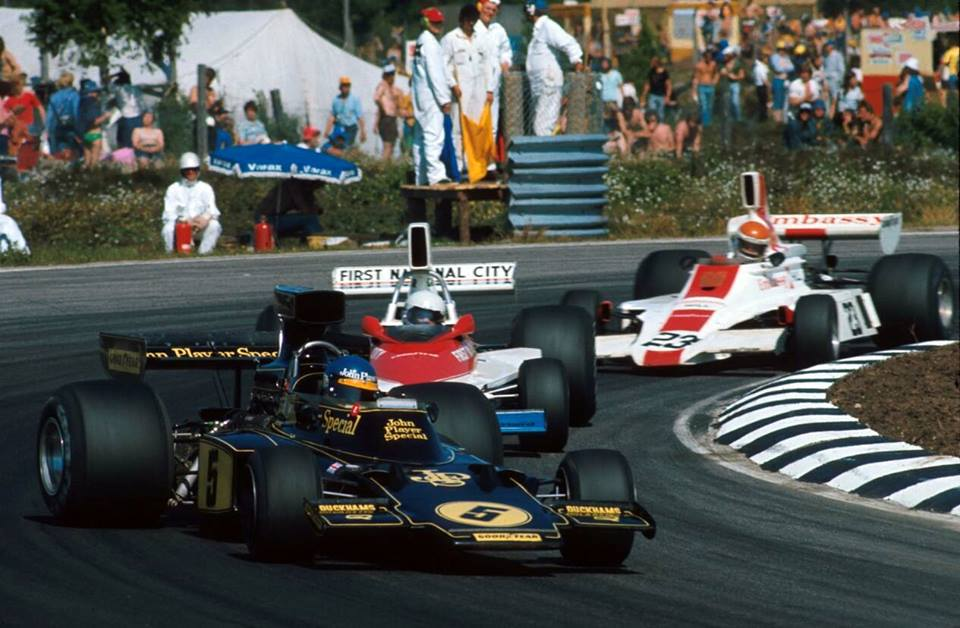 Anderstorp 1975 Brise & Donohue follow an acrobatic Ronnie.